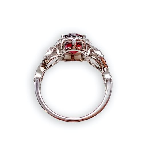 Jewelry store in Carmel CA. Ruby & Diamond Ring Carmel by the Sea. Fine jewelry and estate jewelry Monterey CA