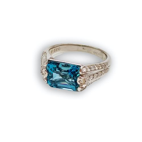 Jewelry store on Ocean Avenue. Aquamarine 2.27 carat & Diamond 0.38 carat Platinum Ring Carmel by the Sea. Custom jewelry and bespoke jewelry Monterey CA